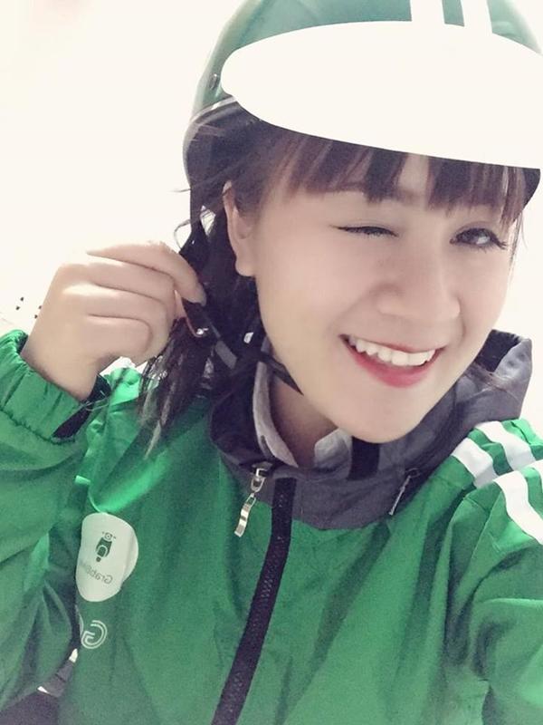 Lại thêm một nữ tài xế Grabbike khiến cư dân mạng lùng sục vì quá xinh!
