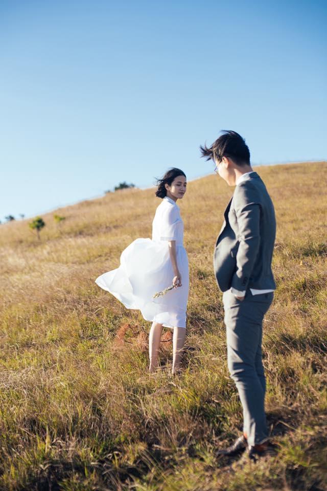 Chỉ cần yêu nhau thật nhiều thì ảnh cưới chụp ở... vườn rau cũng khiến người ta xuýt xoa - Ảnh 37.