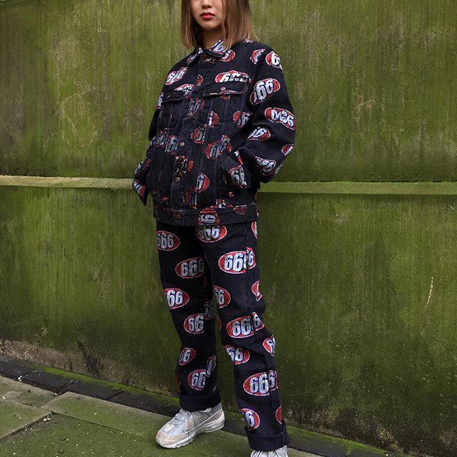 Feifei - cô nàng 20 tuổi được bố mẹ cho hơn 200 triệu đồng/tháng chỉ để mua đồ streetwear - Ảnh 21.