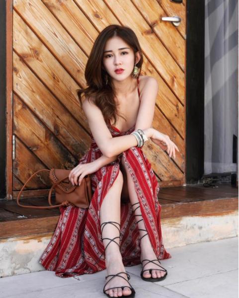 Hot girl số 1 Malaysia có khác, ăn gì mà mặt xinh - dáng chuẩn quá trời! - Ảnh 1.