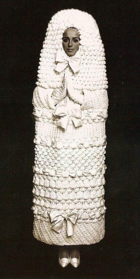 17 cô dâu hóa tuồng chèo khi khoác lên mình những thảm họa váy cưới - Ảnh 19.