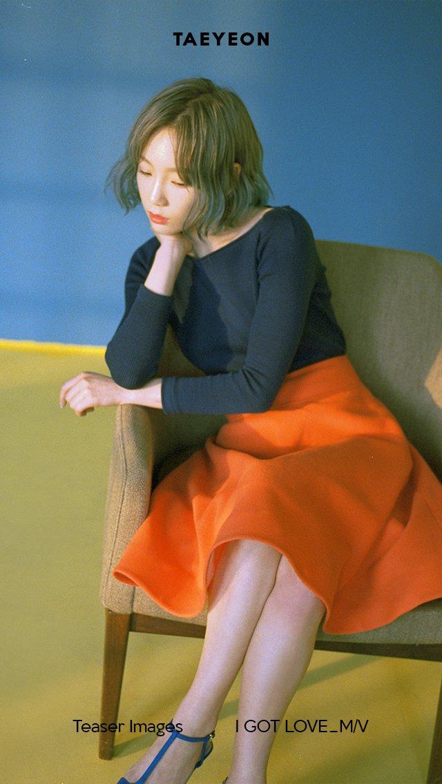 Taeyeon khiến fan sững sờ với hình ảnh hở lưng quyến rũ lạ thường - Ảnh 3.