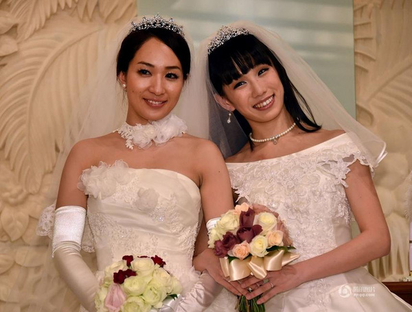 Cặp sao nữ đồng tính hot nhất Nhật Bản bất ngờ chia tay sau 2 năm kết hôn - Ảnh 1.
