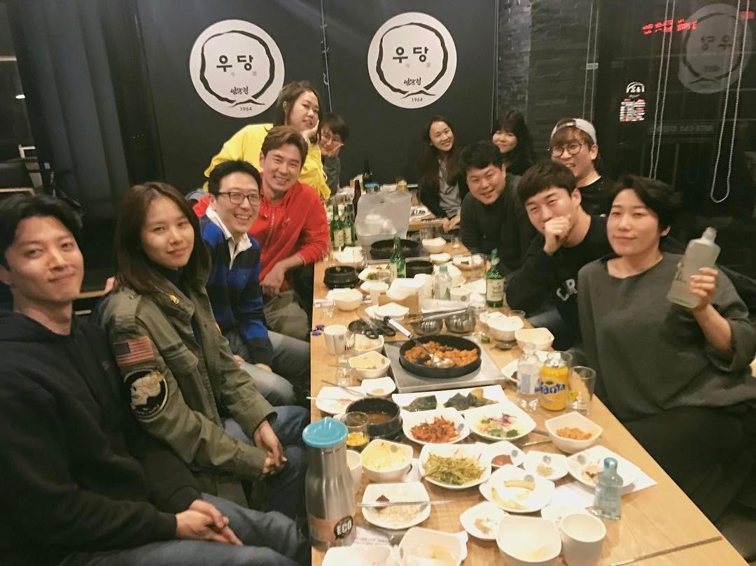 Sao Hàn: Khác biệt giữa cách hẹn hò của Lee Dong Gun với Jiyeon và tình mới