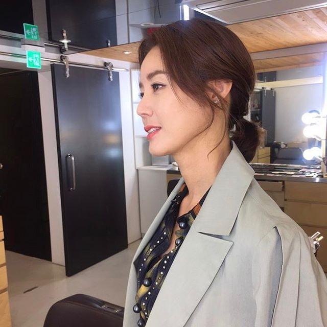 Tin nổi không khi đây là nhan sắc tuổi 50 của Mẹ Kim Tan Kim Sung Ryung? - Ảnh 7.