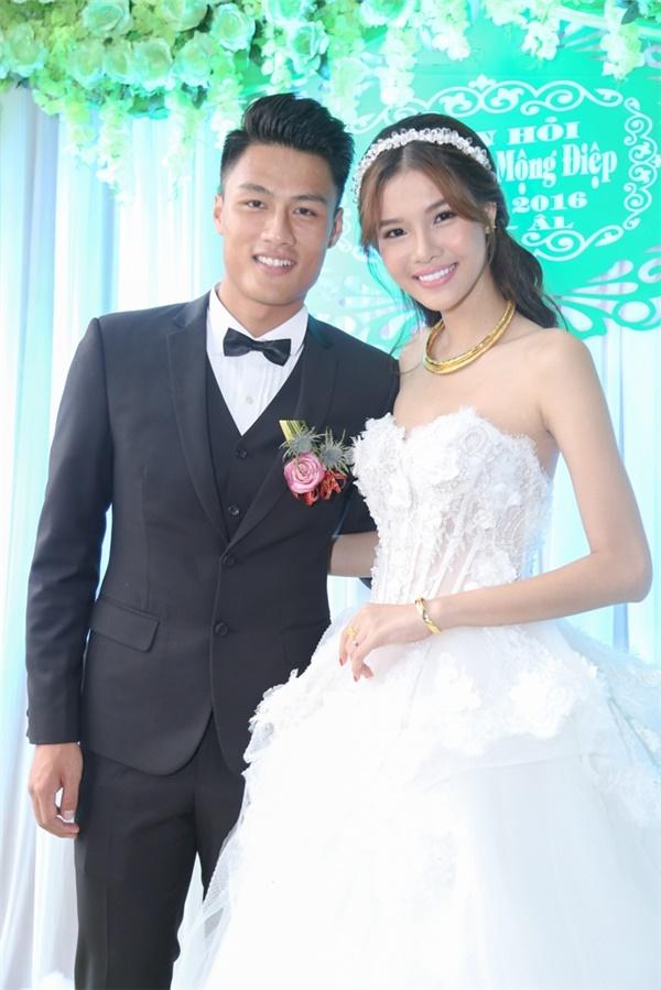 Điểm lại những đám cưới xa hoa, đình đám trong showbiz Việt khiến công chúng suýt xoa - Ảnh 27.