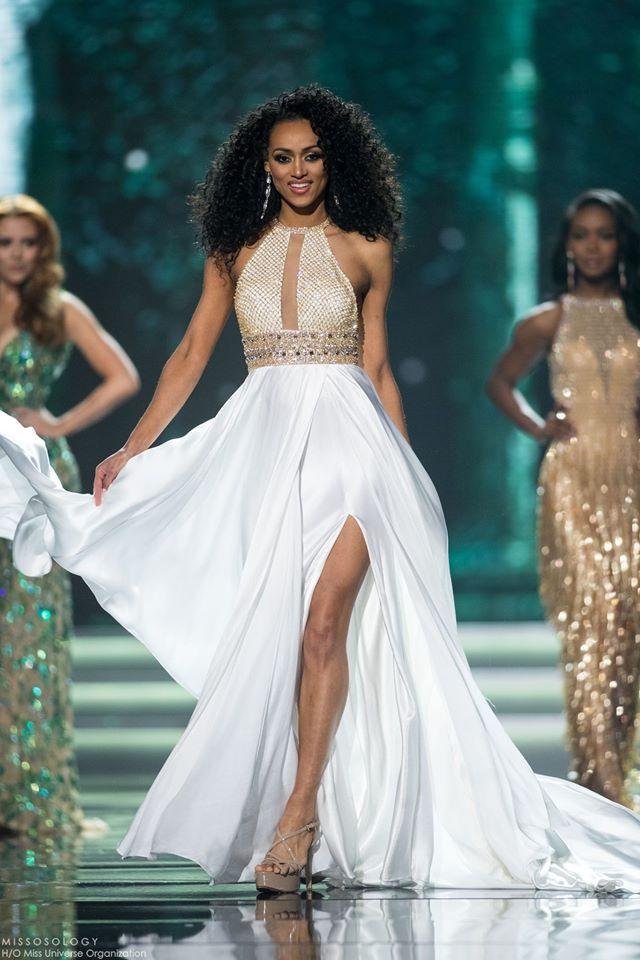 Vượt qua loạt mỹ nhân gợi cảm, nhà khoa học nữ đăng quang Hoa hậu Mỹ 2017 - Ảnh 4.