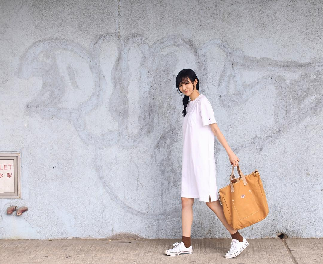 Sao trẻ: Đến con gái cũng thích mê gương mặt nhìn là muốn yêu luôn của cô bạn Hongkong này