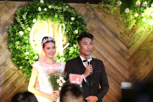 Điểm lại những đám cưới xa hoa, đình đám trong showbiz Việt khiến công chúng suýt xoa - Ảnh 28.