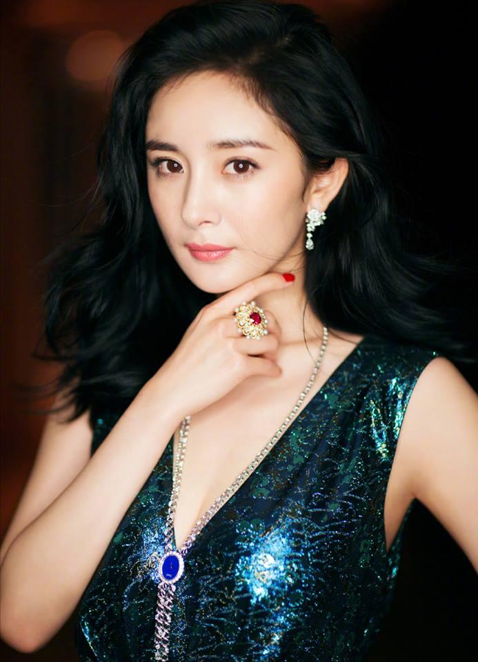 Ji hyo and jin woon and junhee dating