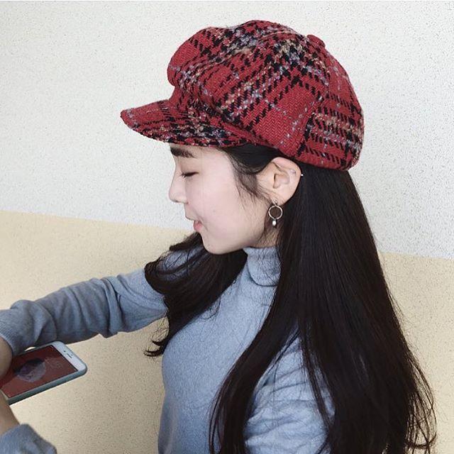 Chán diện mũ nồi, giới trẻ Hàn chuyển sang mê mệt chiếc mũ tưởng quê kiểng mà lại cực cá tính này - Ảnh 2.