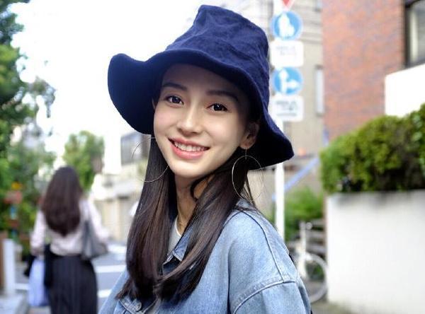 """Netizen Trung """"khuyên"""" Angela Baby nghỉ đóng phim, ở nhà chăm sóc con nhỏ - Ảnh 2."""