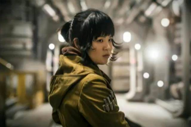 Gặp gỡ diễn viên gốc Việt Kelly Marie Tran - Gương mặt mới của Star Wars - Ảnh 2.