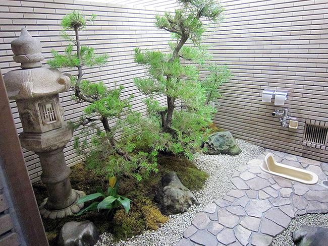 Ngắm nhìn 10 công trình nhà vệ sinh kì quặc nhất ở Nhật Bản - Ảnh 5.