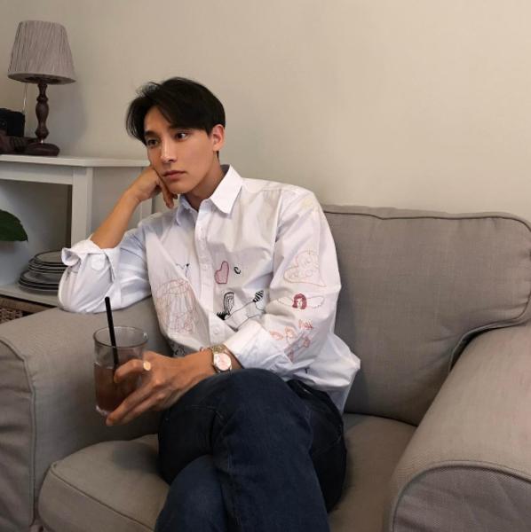 3 từ chính xác nhất để mô tả về chàng trai Hàn Quốc này? Rất đẹp trai! - Ảnh 9.