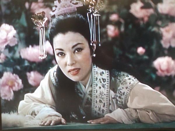 21 nàng Bạch Xà đẹp như mộng trên màn ảnh Châu Á qua năm tháng - Ảnh 2.