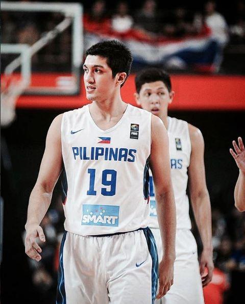 Hot boy bóng rổ chiếm trọn trái tim Hoa hậu Philippines - Ảnh 3.