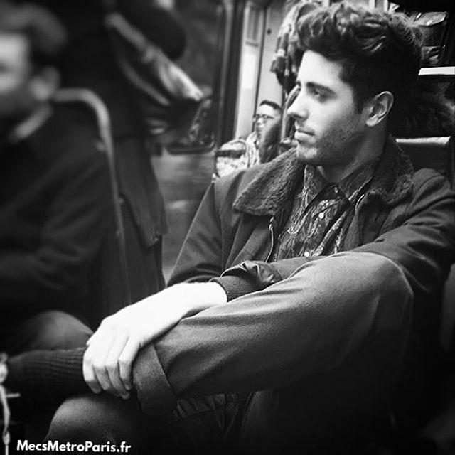 Chùm ảnh chứng minh hóa ra tàu điện ngầm mới thực sự là thiên đường trai đẹp - Ảnh 25.