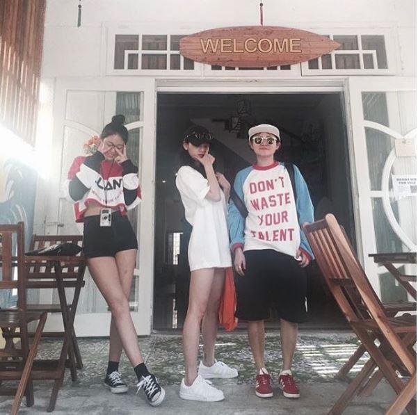 Mỹ nhân Seolhyun chứng tỏ thân hình chuẩn hơn chụp tạp chí qua ảnh du lịch Đà Nẵng - Ảnh 1.