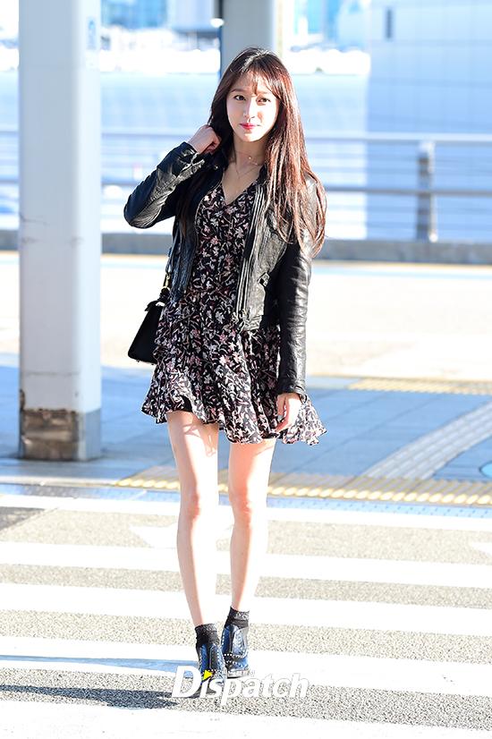 Chỉ bằng vài cái hất tóc, mỹ nhân này đã vươn lên đẳng cấp nhan sắc nữ thần của Suzy và Yoona - Ảnh 1.