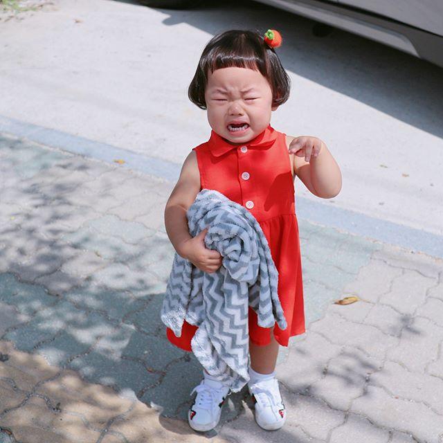 Mẹo nuôi con: Cô nhóc Hàn Quốc có mái tóc