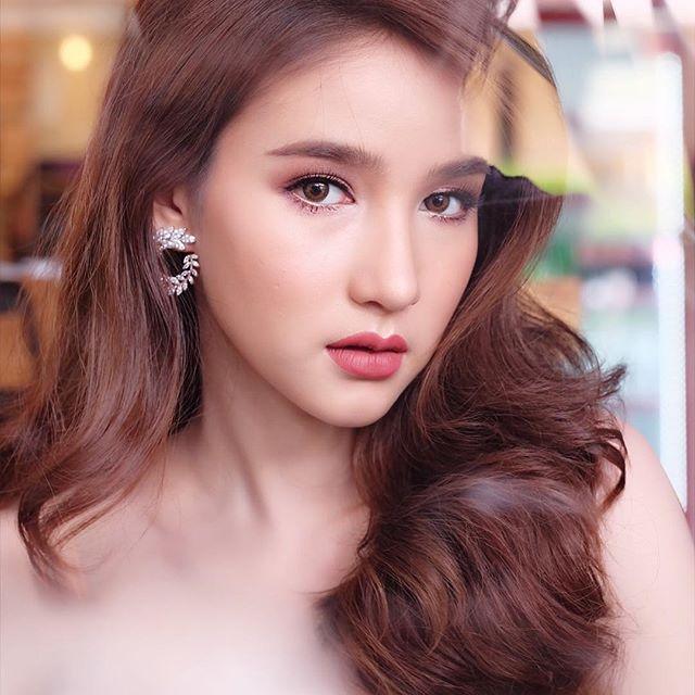 Hot girl được ví đẹp hơn Nong Poy vừa trở thành Hoa hậu chuyển giới Thái Lan 2017 - Ảnh 9.