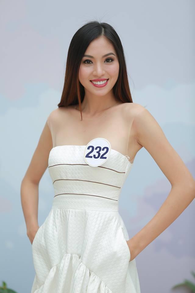 Hoàng Thùy - Mâu Thủy phong cách đối lập trong ngày thi phỏng vấn Hoa hậu Hoàn vũ - Ảnh 7.