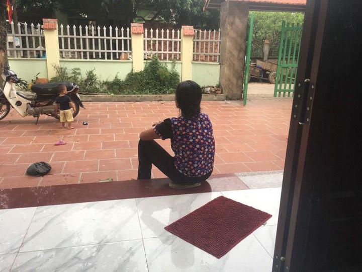 Đời sống: Mẹ chồng giúp con dâu đánh ghen, lột đồ cô gái trẻ: