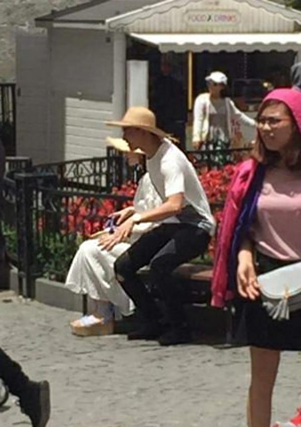 Không công khai tình cảm nhưng Angela Phương Trinh và Võ Cảnh lại bị bắt gặp tình tứ ở Đà Nẵng! - Ảnh 2.