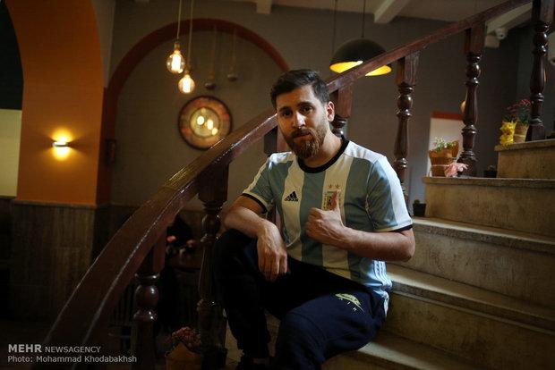 Xuất hiện bản sao giống hệt Messi từ râu đến tóc - Ảnh 7.