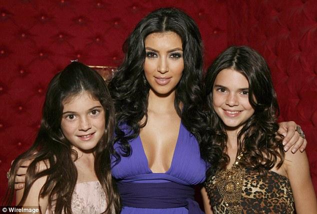 Vì sao Kylie Jenner có thể thành tỷ phú USD giàu sụ ở tuổi 25 chỉ nhờ sự nổi tiếng và thị phi? - Ảnh 2.