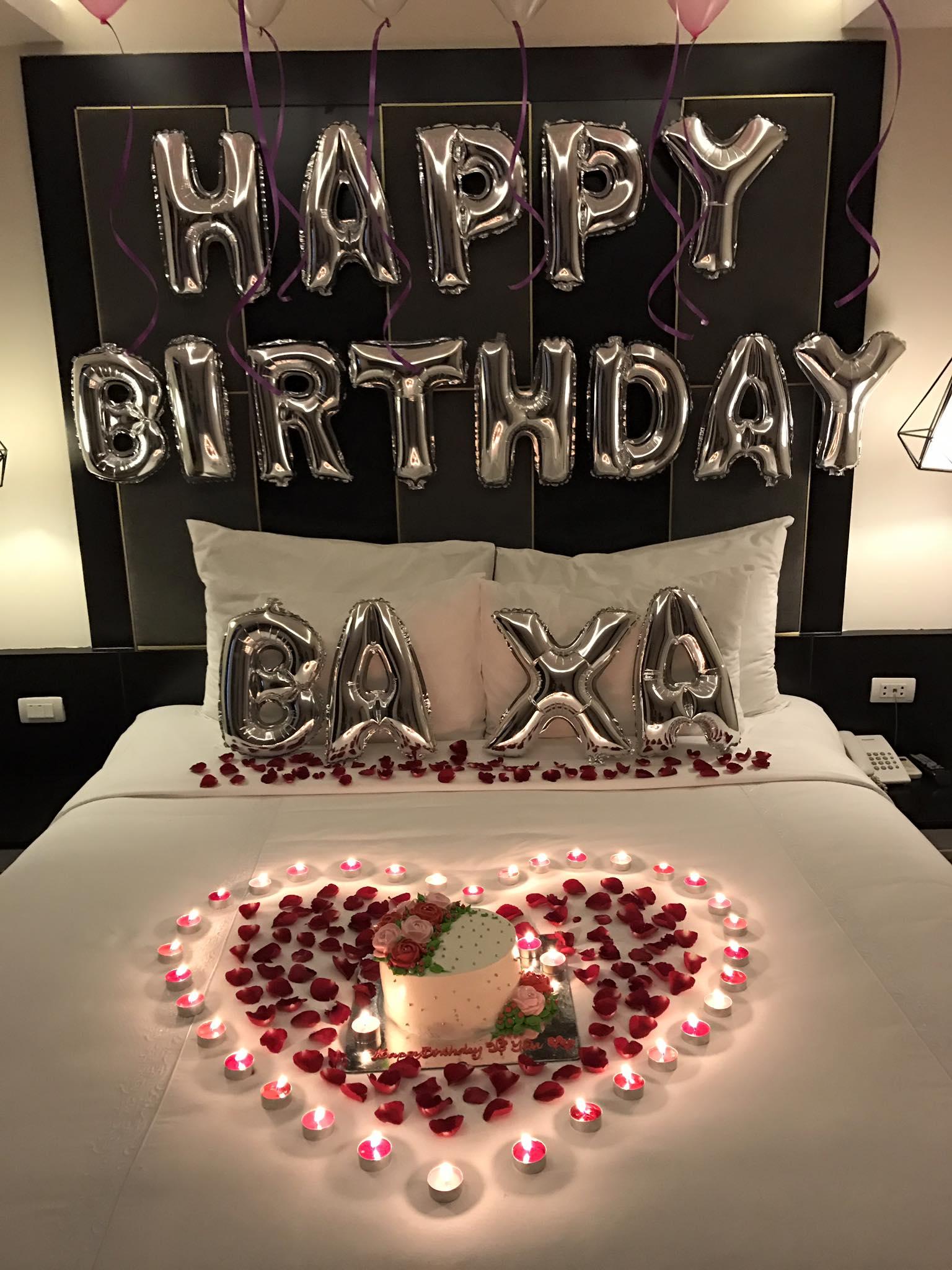 Tranh thủ chuyến lưu diễn, Tim bí mật tổ chức sinh nhật lãng mạn cho Trương Quỳnh Anh