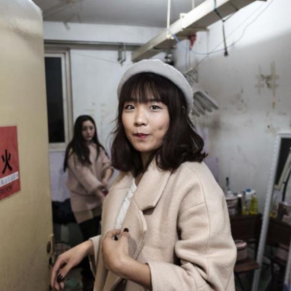 Cuộc sống bên trong thế giới ngầm tại Bắc Kinh - Ảnh 3.