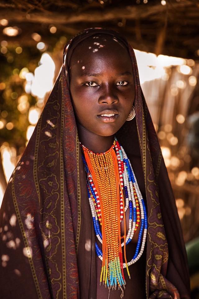 Ngắm nhìn thêm những hình ảnh về vẻ đẹp của phụ nữ trên toàn thế giới - Ảnh 5.