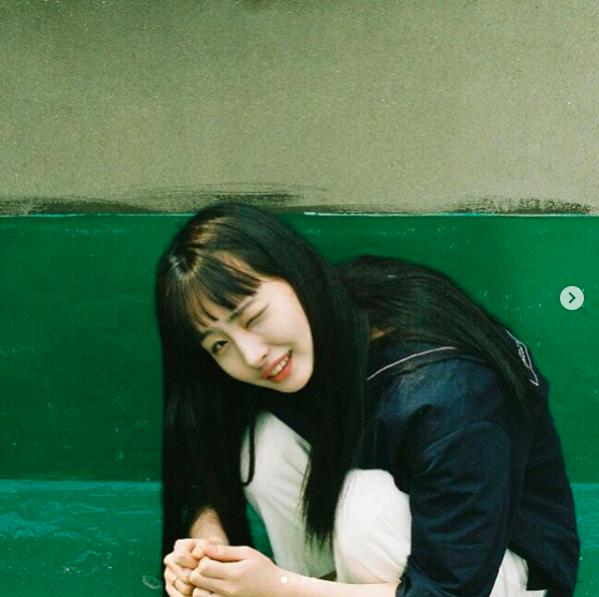 Để tóc Bok Joo, ảnh nào cũng cười híp hết cả mắt - ngắm cô bạn Hàn Quốc này thấy vui ghê! - Ảnh 10.