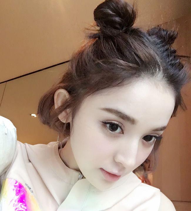 Diện chán tóc búi nửa, con gái châu Á chuyển sang mê mệt tóc búi 2 sừng siêu ngộ nghĩnh - ảnh 3