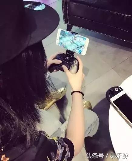 Đây là quán net kỳ quặc nhất thế giới khi nó chỉ phục vụ người chơi game trên smartphone - Ảnh 5.