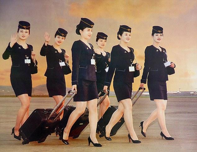 Những hình ảnh không ngờ tới về vẻ ngoài xinh đẹp của nữ tiếp viên hàng không Triều Tiên - Ảnh 2.