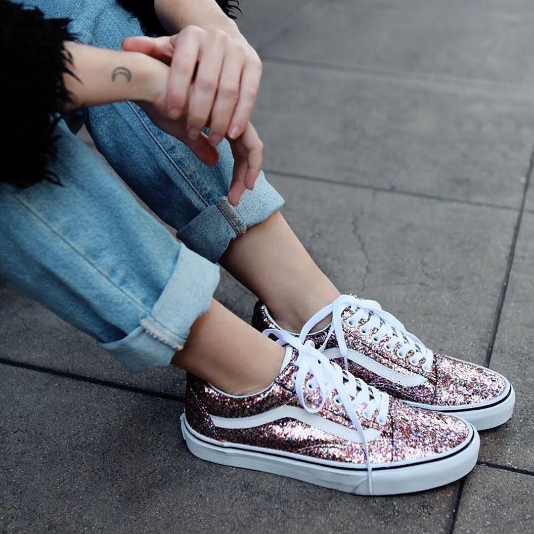 Thời trang: 4 xu hướng sneaker đang