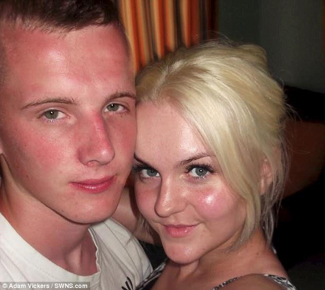 6 tuần trước đám cưới, chàng trai bị người yêu 10 năm đá không thương tiếc để đến với bạn gái mới - Ảnh 1.