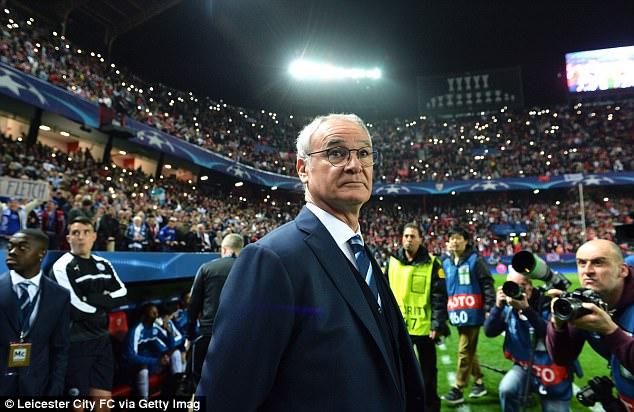 Ranieri: Không phải cầu thủ, ai đó ở Leicester đã hãm hại tôi - Ảnh 2.