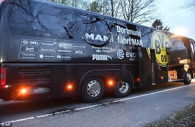 Cầu thủ Dortmund kể lại giây phút sinh tử sau vụ đánh bom - Ảnh 1.