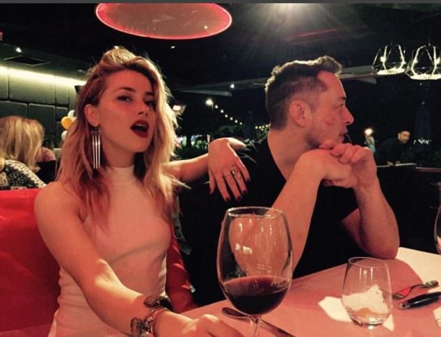 Amber Heard xác nhận hẹn hò tỷ phú Elon Musk giàu gấp bội chồng cũ Johnny Depp - Ảnh 1.
