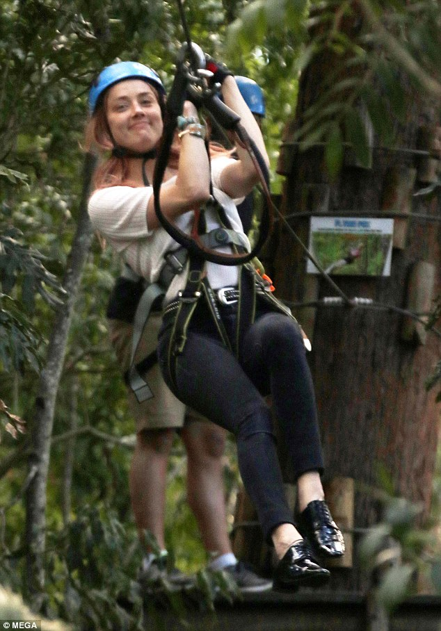 Amber Heard xác nhận hẹn hò tỷ phú Elon Musk giàu gấp bội chồng cũ Johnny Depp - Ảnh 4.