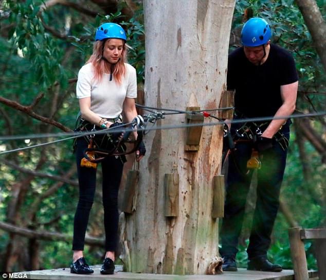 Amber Heard xác nhận hẹn hò tỷ phú Elon Musk giàu gấp bội chồng cũ Johnny Depp - Ảnh 3.