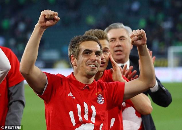 Bayern lập chiến tích lịch sử, lần thứ 5 liên tiếp giành Đĩa bạc Bundesliga - Ảnh 7.