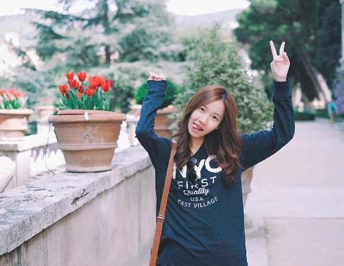 Nữ sinh Thái Lan nổi tiếng vì có gương mặt giống Yoona (SNSD) - ảnh 3