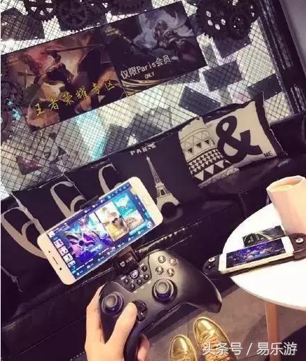 Đây là quán net kỳ quặc nhất thế giới khi nó chỉ phục vụ người chơi game trên smartphone - Ảnh 6.