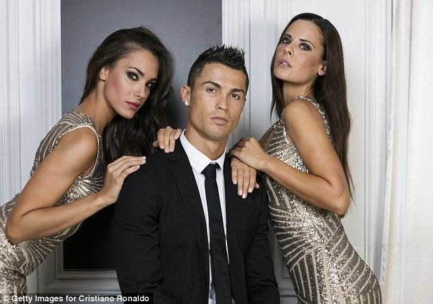 Choáng: Ronaldo đút túi gần 27 tỷ đồng chỉ trong nửa ngày làm việc - Ảnh 1.