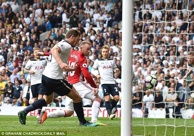 Ngay cả khi thất vọng, Rooney cũng giấu nỗi buồn vào tim - ảnh 2